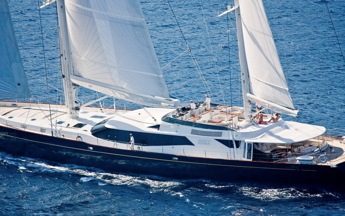 DRUMBEAT - Sailing yacht - Flying Charter