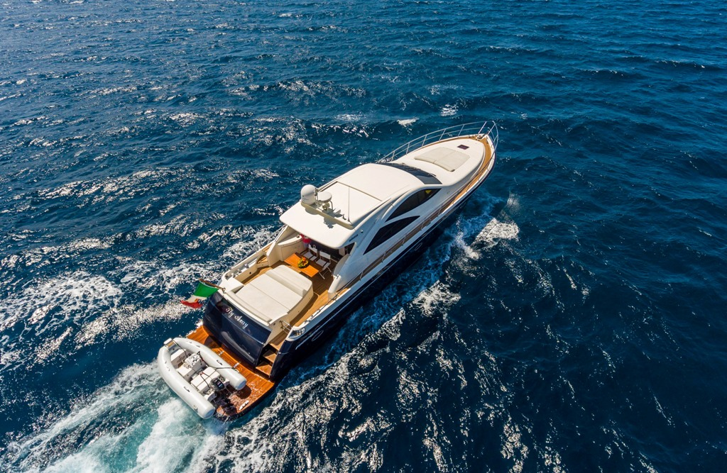 Flying Charter is glad to introduce her newest, beautiful fleet addition: M/Y Fly Away